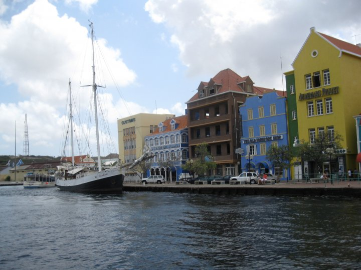 Lee Jones_Curacao2