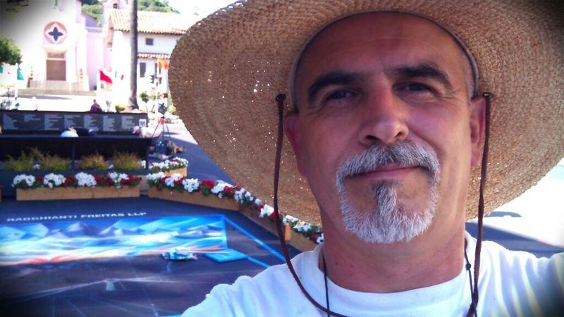 Bruno Fabriani with street painting at San Rafael 2010